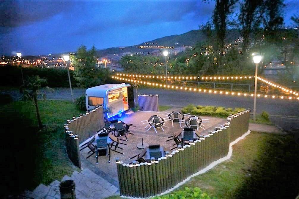 Bilboneta. Bar terraza con vistas a Bilbao