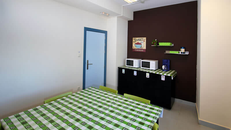 Office Bilbao Hostel